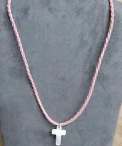 Collier croix nacre cordon rose